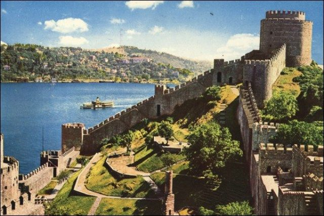 FULL DAY BOSPHORUS & DOLMABAHCE PALACE TOUR